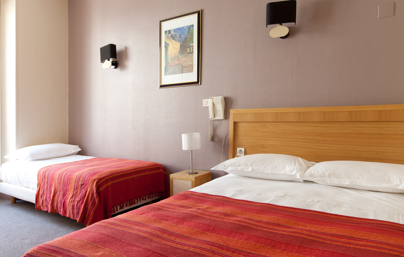 Rooms In Nice Hotel D Ostende Official Website -> Sala Simples Clean